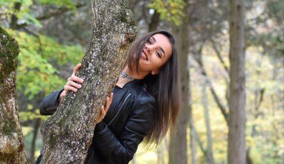 Zambeste - Ana-Maria Popescu