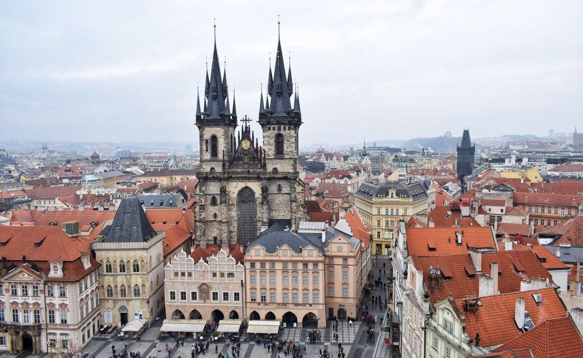 Locuri de unde poți vedea Praga de la înălțime - Ana-Maria Popescu