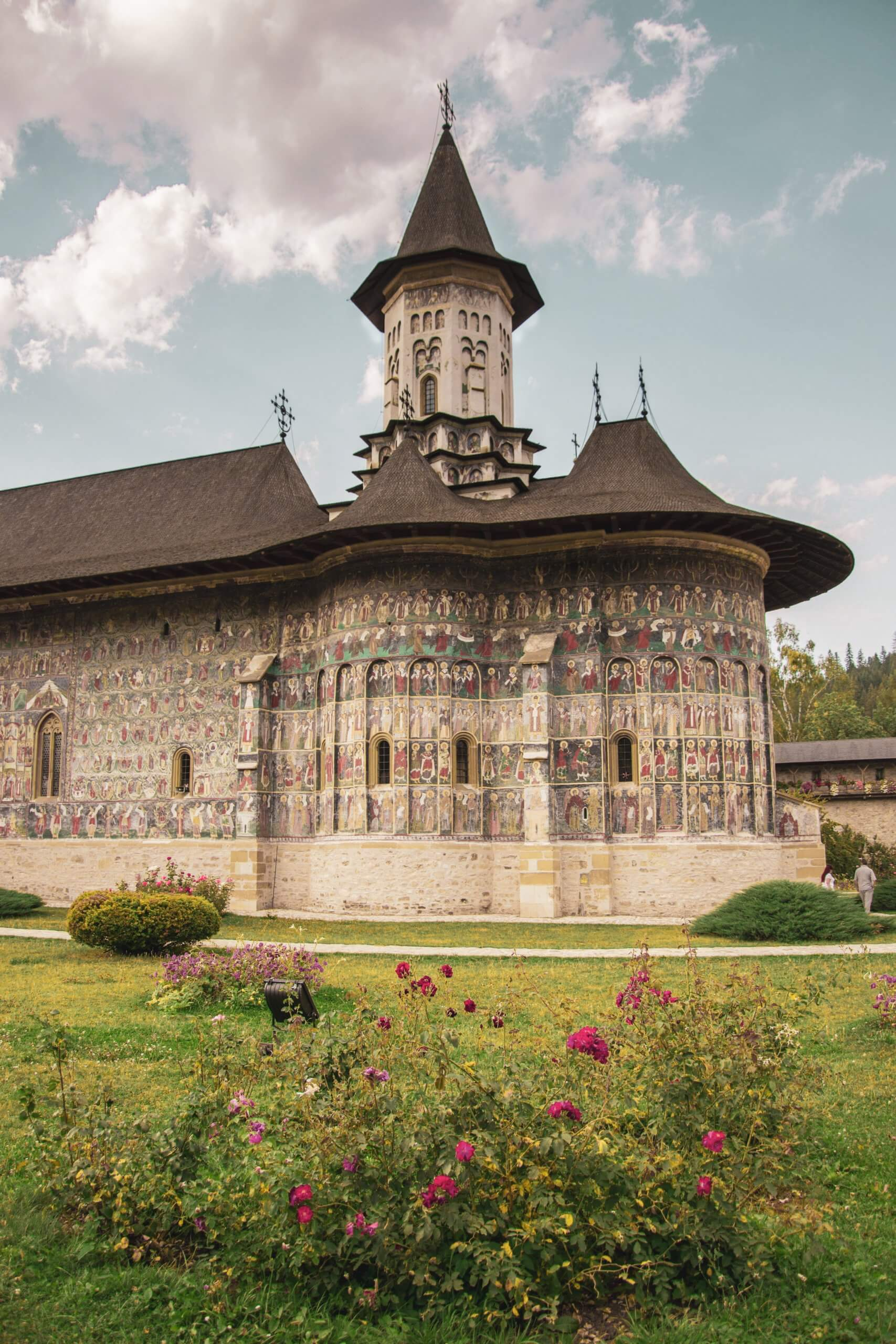 Vacanţă-în-Bucovina-obiective-turistice-mănăstiri